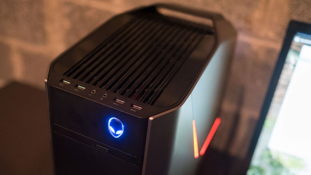Hands On Review E3 2016 Alienware Aurora R5
