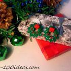 Polymer clay Christmas wreath earrings