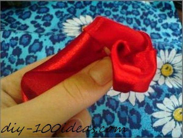 ribbon roses tutorial (7)