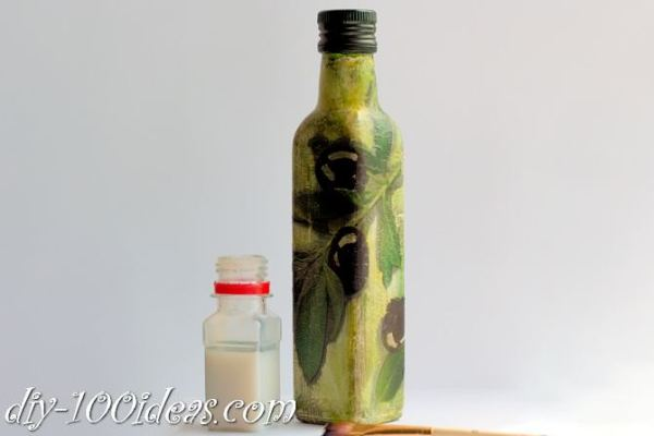 Decoupage Olive oil bottle  (11)