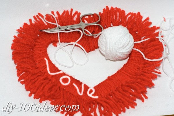 Valentine's Day Yarn Hearts craft (12)