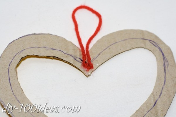 Valentine's Day Yarn Hearts craft (5)