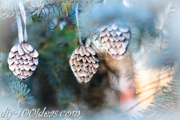 diy-egg-carton-pinecones-1