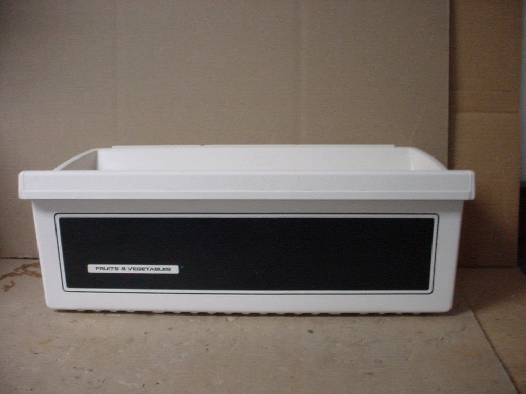 GE Refrigerator Crisper Pan Part # WR32X871