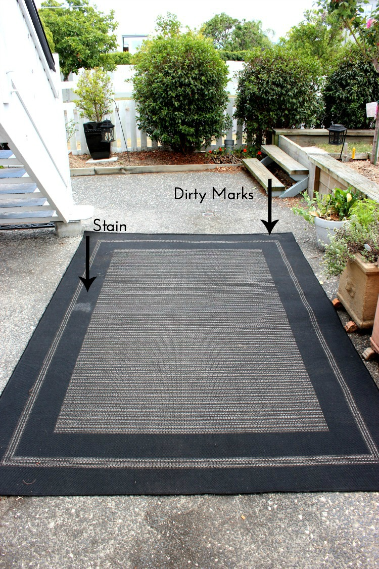 How to clean an outdoor rug before