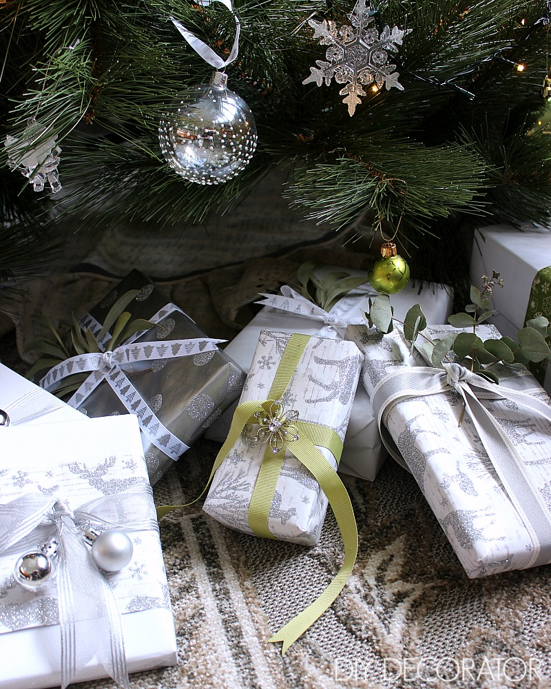 How to Wrap Christmas Presents -My three part recipe for beautifully wrapped gifts every time. See the complete series on DIY Decorator.