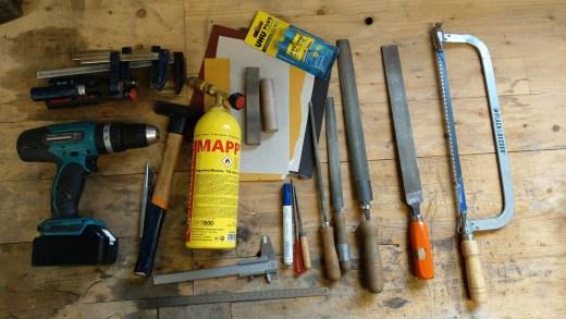 Werkzeug Grundausstattung zum Messermachen