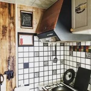 マスキングテープでブルックリンスタイルにDIYしたキッチン