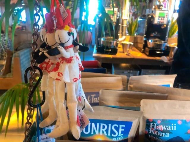 コナズ珈琲 長崎時津店のココペリ人形