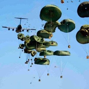 Read more about the article WHO INVENTED THE PARACHUTE?