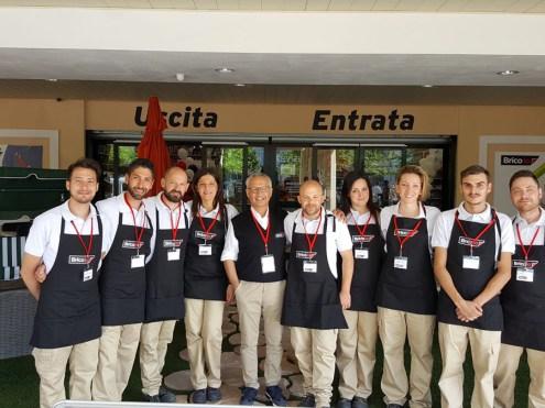 Lo staff del nuovo Brico Io di Ortona (Ch)