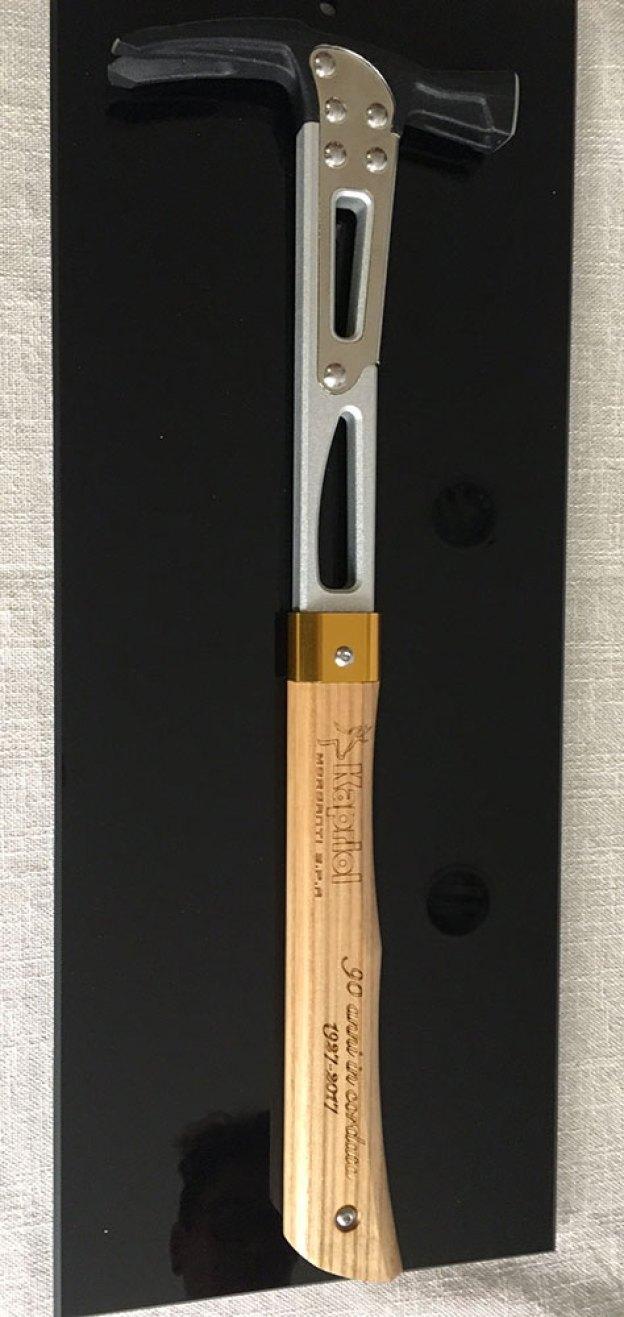 """il nuovo martello """"EVO 9.0"""" in edizione limitata"""