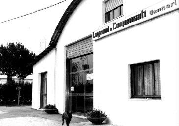 foto di repertorio della Mario Legnami srl