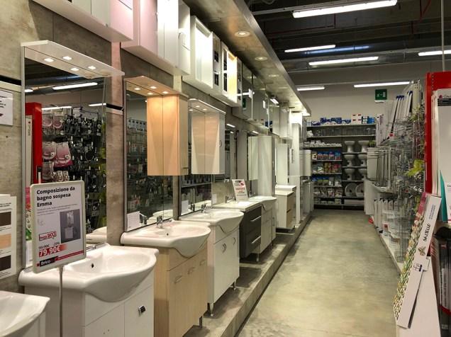 Nuova illuminazione per il reparto bagno