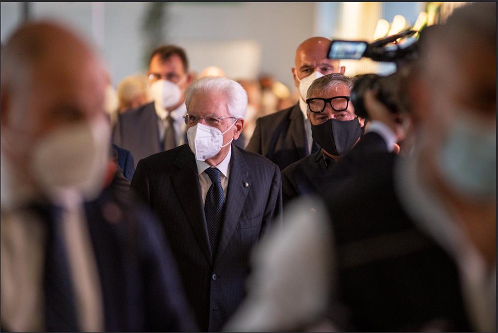 """La prima giornata del """"supersalone"""" con la presenza del Presidente della Repubblica, Sergio Mattarella"""