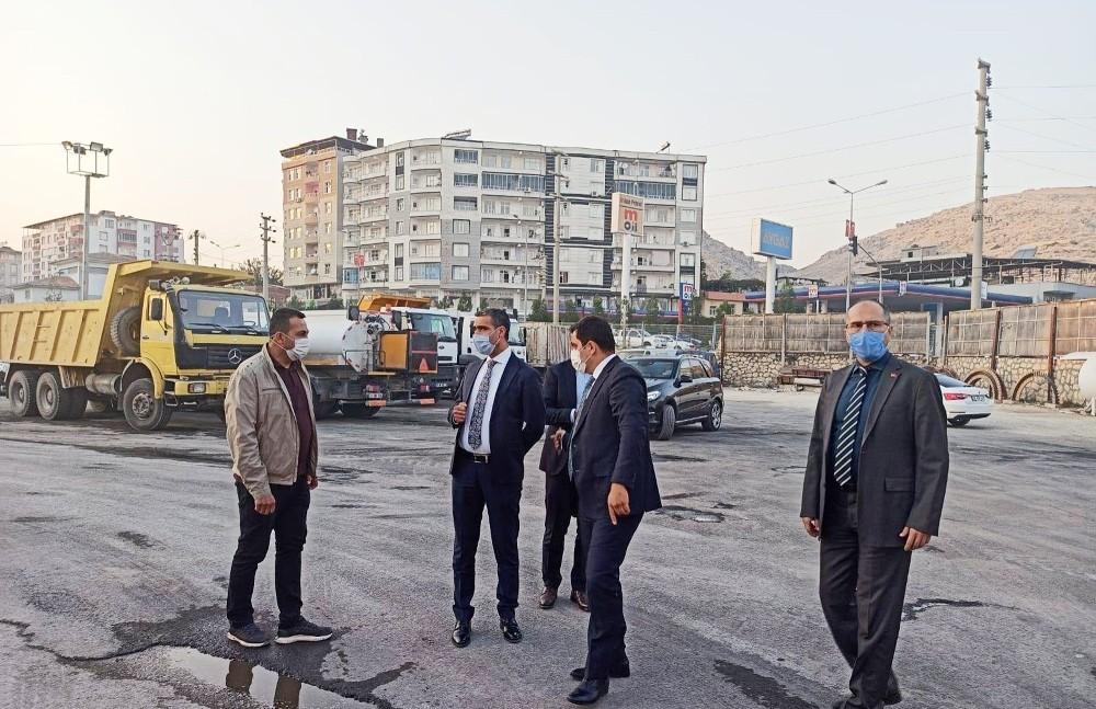 Büyükşehir Belediyesi Genel Sekreteri Kardan Silvan Kaymakamı Çelik ile bir araya geldi