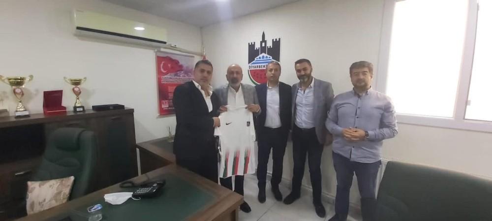 DTSO Başkanı Kaya Diyarbekirspor yönetimi ile buluştu