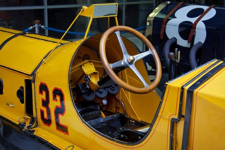 first rear-view mirror