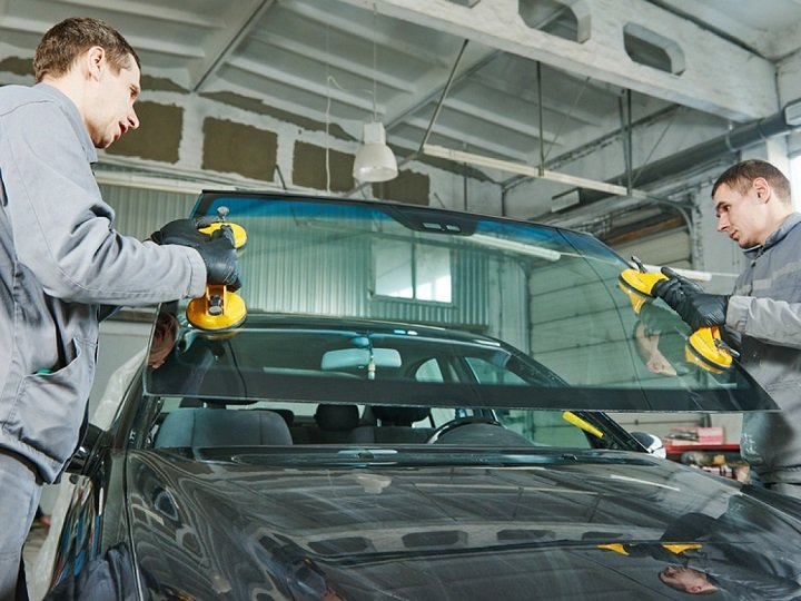 installing new windshield