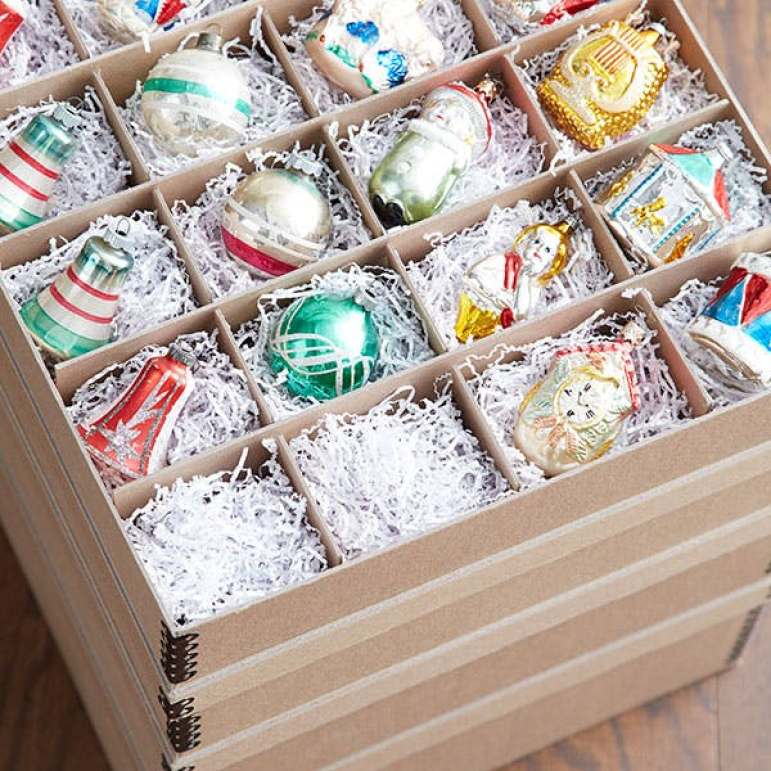 These 15 Christmas Hacks Will Make Your Life SO MUCH EASIER. I love the bow idea!