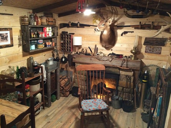 Guy Builds A Man Cave That Looks Like Its Straight From The Wild Wild West DIY Cozy Home