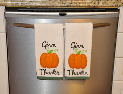 Give Thanks Applique Machine Embroidery Design by FiveStarFonts