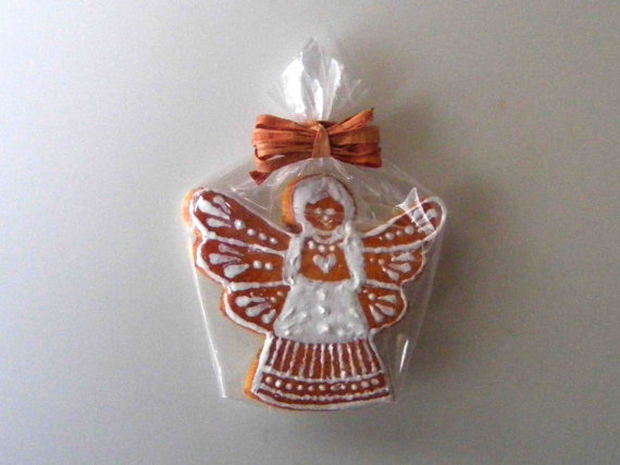 Gingerbread angel by hungarianminiatures
