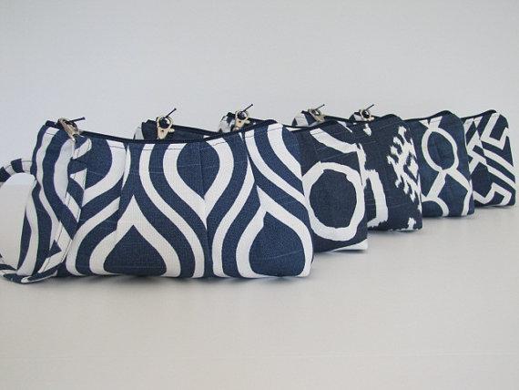 Bridesmaid Gift Set of 6 Navy Wristlet Clutch, Bridesmaid Gift Idea, Maid of Honor – Customize by maddiekayhandbags