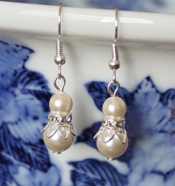 7 pairs bridesmaid earrings, 7 sets ivory pearl earrings, Swarovski pearl, crystal and flower earrings, Flower girl, bridesmaid earrings by Pearlland88