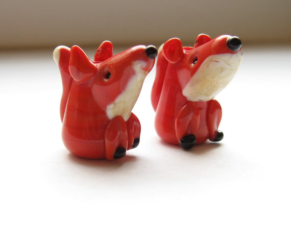 handmade lampwork glass beads foxes matched pair artisan woodland animal miniatures by paulinabeads