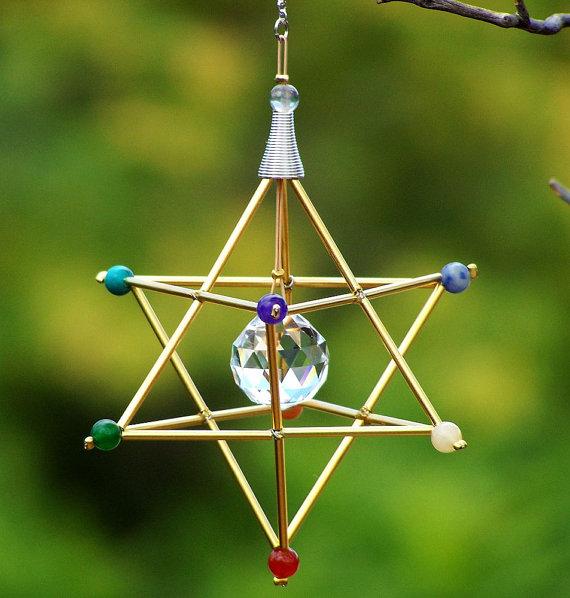 7 Chakras Merkaba Suncatcher / Pendulum – GEMSTONE – Gold Tones by windyscreations