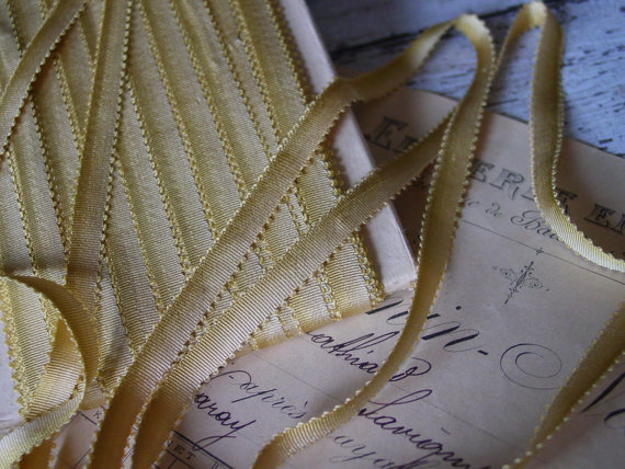 LoVeLy – AnTiQuE Old SiLk blend OmBrE ribbon, one yard with more available by VintageTidbit