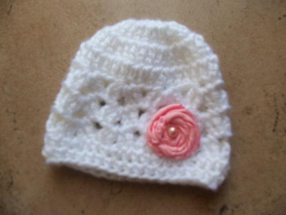 Crochet Baby Girls Hat, Girls Beanie, Newborn Hat, Photo Prop, Preemie Beanie, Pink Rossete, Crochet Beanie, Girls Hat, Girls Baby Beanie by mariahcreations