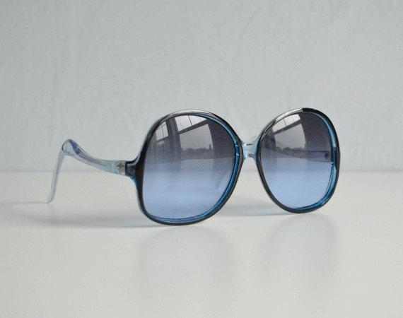 Vintage 70s Sunglasses / 1970s Blue Fade Big Square Mod Gradiant Eyeglasses / Made in Japan by zestvintage
