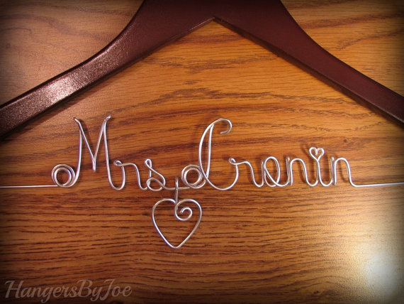 Personalized Hanger with Dangling Wire Heart, Bride Hanger, Wedding Hanger, Name Hanger, Personalise Hanger by HangersByJoe