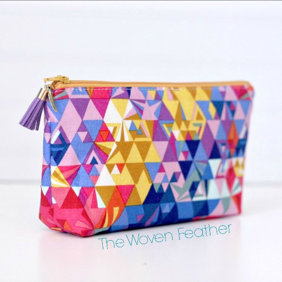 Zipper Pouch Bright Geometric – Basic Handmade Zipper Pouch / Pencil Pouch / Cosmetic Bag by thewovenfeather