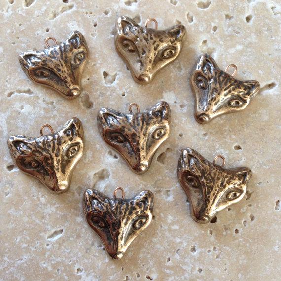 Hand carves bronze fox pendant – original design – 1 pendant by THEAElements