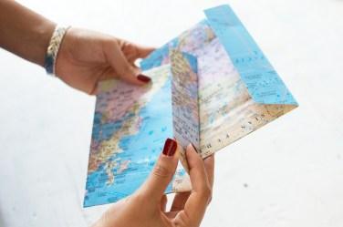 diy-envelopes-mapas-pair-and-spare
