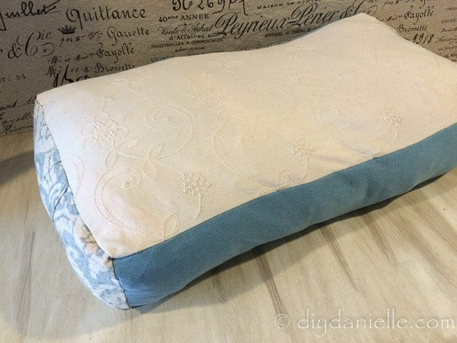 Learn how to sew a yoga bolster pillow. This easy project is a great addition for your home yoga practice.