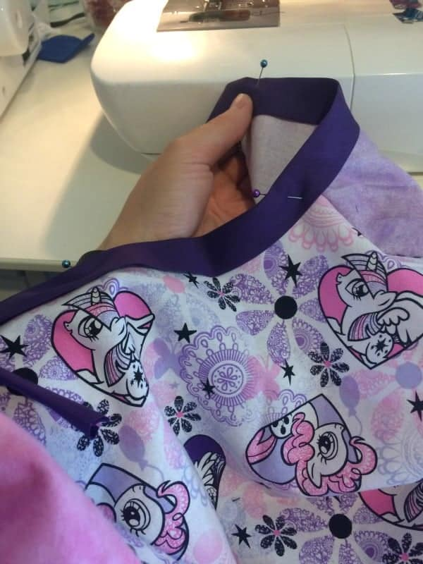 Add bias to the neckline of your DIY toddler hospital gown.