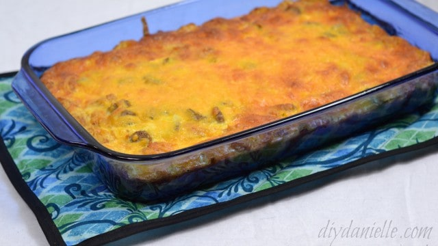How to make a hot pad for a casserole dish.