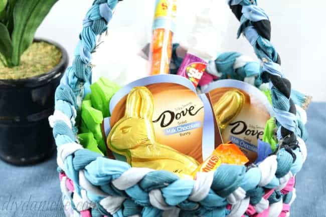 How to Sew an Easter Basket from Upcycled Fabric