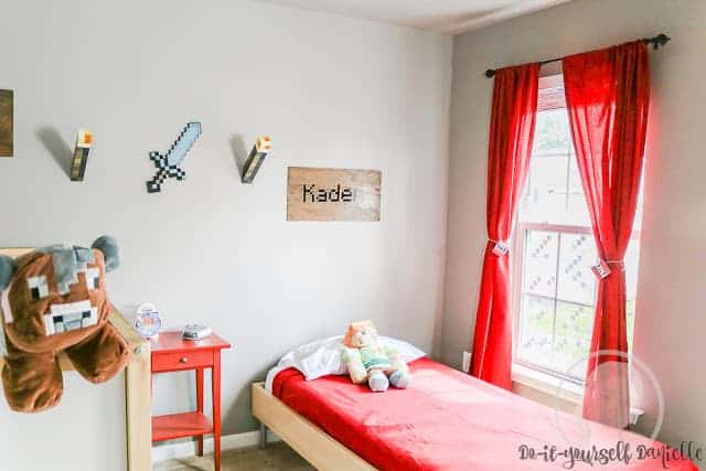 Easy Minecraft themed bedroom that's authentic, but easy to change.