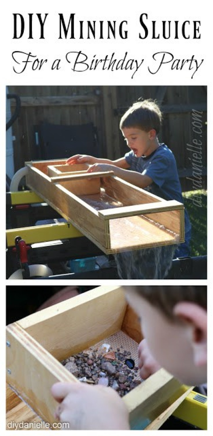This DIY Mining Setup is great for parties or as an educational activity. It's also a great way to use scrap wood! #woodworking #kids #mining #diy