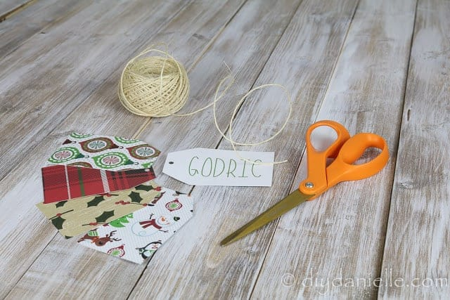 DIY Gift Tags with a Cricut