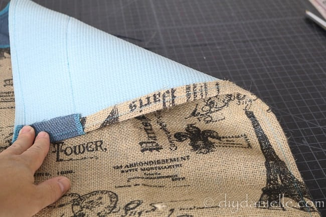Short sides of the muffling mat. The burlap was folded over the ends and sewn.