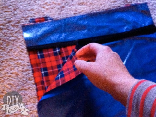 Layering fabric to sew a kitchen wet bag with no zipper.