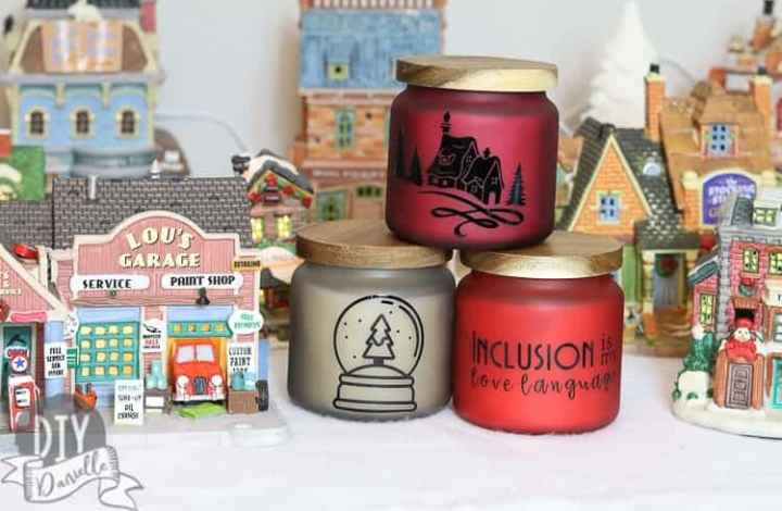 An Easy Homemade Teacher Gift: Personalized Candles
