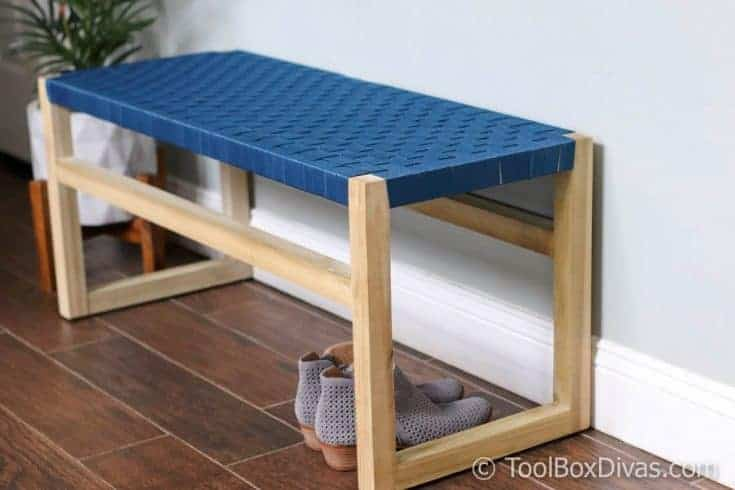 How to Build Wooden Bench with Woven Fabric Seat - ToolBox Divas
