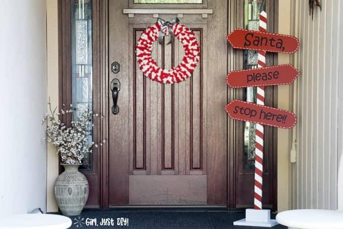 DIY Santa Stop Here Sign
